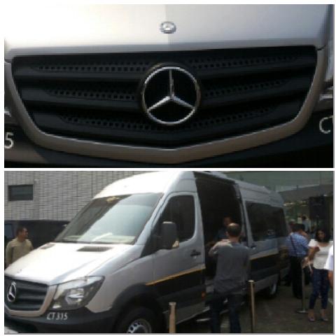 Mercedes Benz Sprinter yang Digunakan Premium Shuttle (foto: koleksi pribadi)