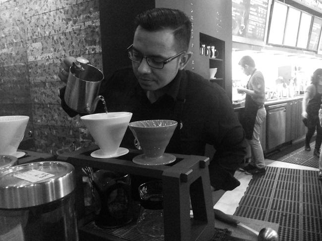 Coffee Master in action (foto: koleksi pribadi)