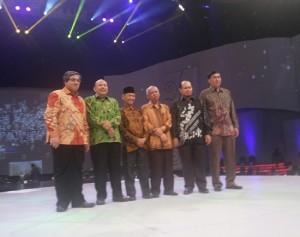 Para Peraih Penghargaan Achmad Bakrie 2015 (foto dokpri)