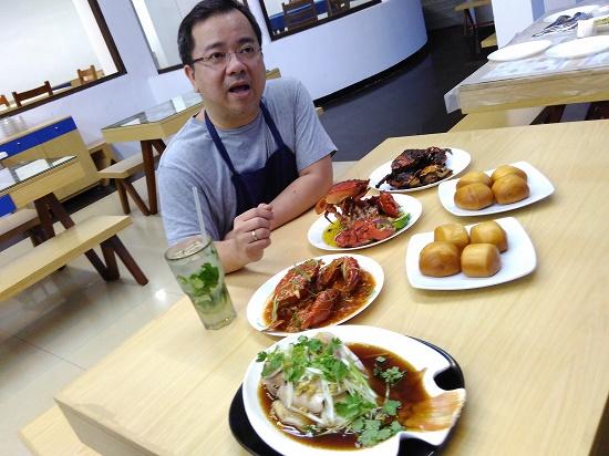 Zefri sang Owner Chef Epi (foto dokpri)