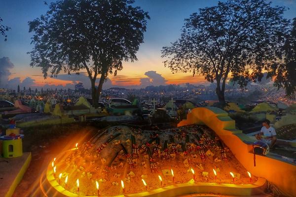 Suasana Kuburan Sentosa Saat Ceng Beng (foto dokpri)
