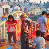 Reuni Keluarga dengan Leluhur (foto dokpri)